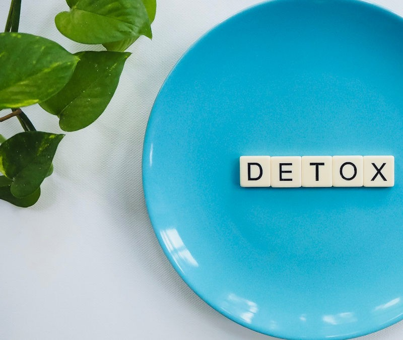 Why does the skin detox when moving to organic products?